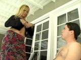 Lustful Blonde Milf Wanna to Show Daughters Boyfriend That Experienced Moms Are So Much Better in Fucking