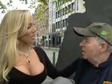 Milf Pornstar Offering Sex For Free To Passangers On London Streets