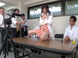 Chemist Girl Discover New Sort Of Viagra She Tried It On In Front Of Media To Prove That It Really Works
